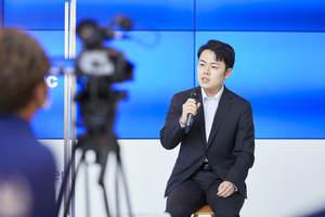 「復興五輪」文化プログラムのイベントで話す大野祐介さん