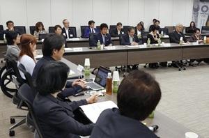 2020年東京五輪・パラリンピック組織委が開いた大会マスコットの審査会=2017年9月28日午後、東京都港区