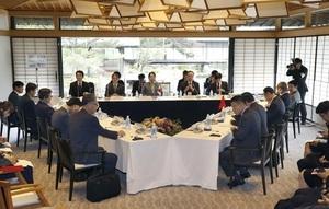 京都市で開かれた日中韓文化相会合=2017年8月26日午前